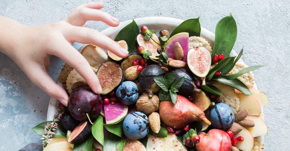 میوههایی که سرشار از فیبر هستند و شما خبر ندارید