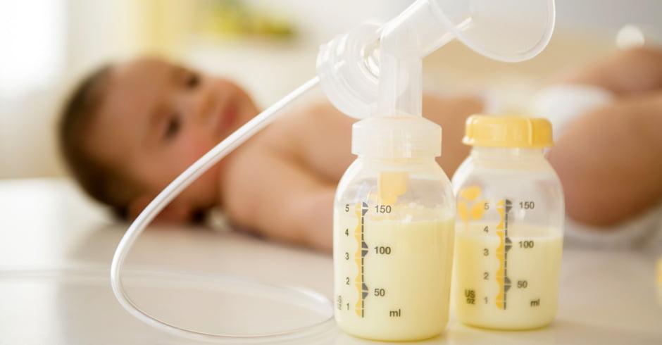 علایم و درمان کم آبی در بدن نوزاد
