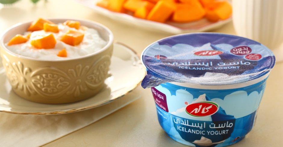 طرز تهیه اسموتی میوهای و دیپ میگو با ماست ایسلندی