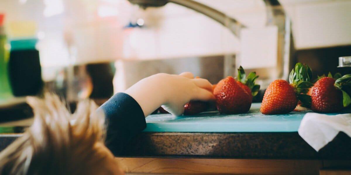 تغذیه کودک در سن رشد