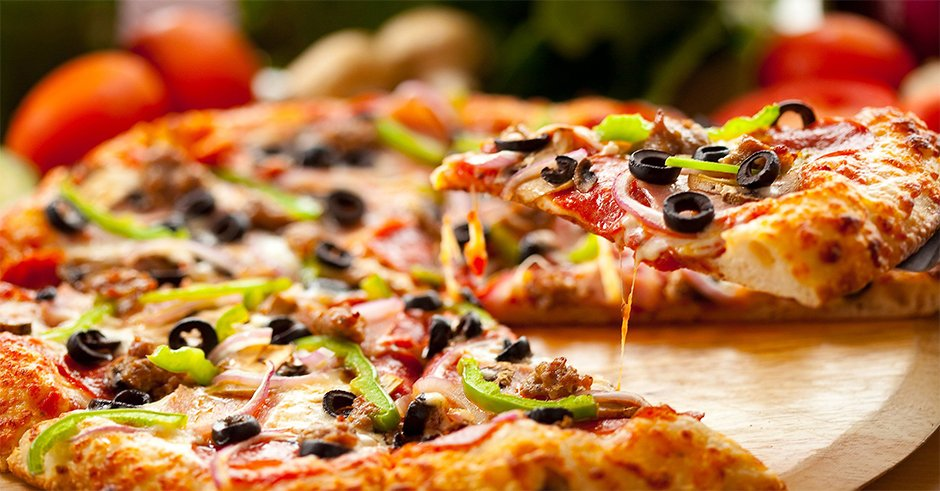 طرز تهیه پیتزا مخصوص رستورانی در منزل - کتاب کاله