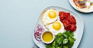 آیا بلافاصله بعد از بیدار شدن بهترین زمان برای خوردن صبحانه است؟