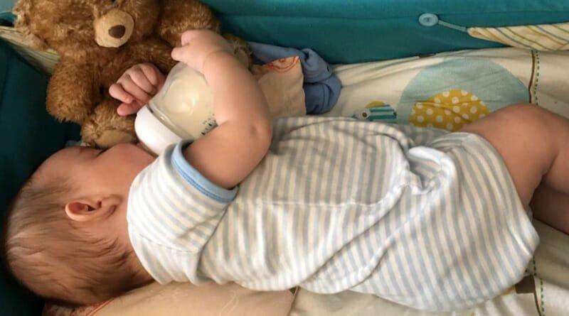کم آبی در بدن نوزاد