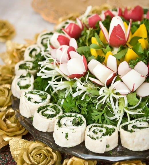نان و پنیر و سبزی