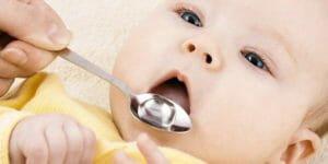 به کودکم مولتی ویتامین بدهم یا نه
