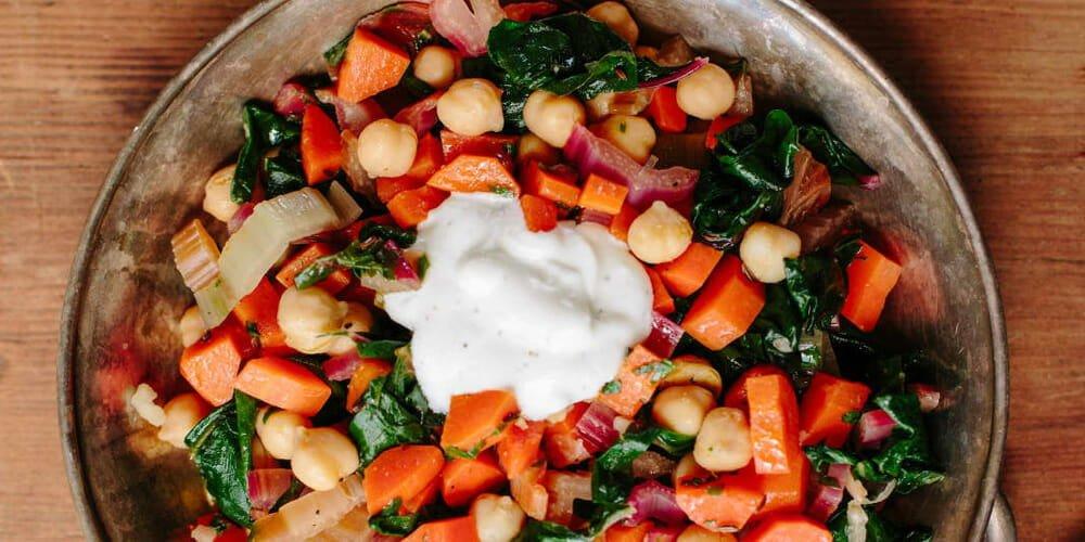 خوراک سبزیجات با سس ایسلندی