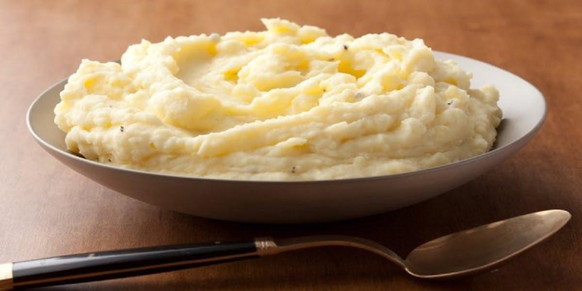 طرز تهیه پوره سیبزمینی ساده با خامه ترش
