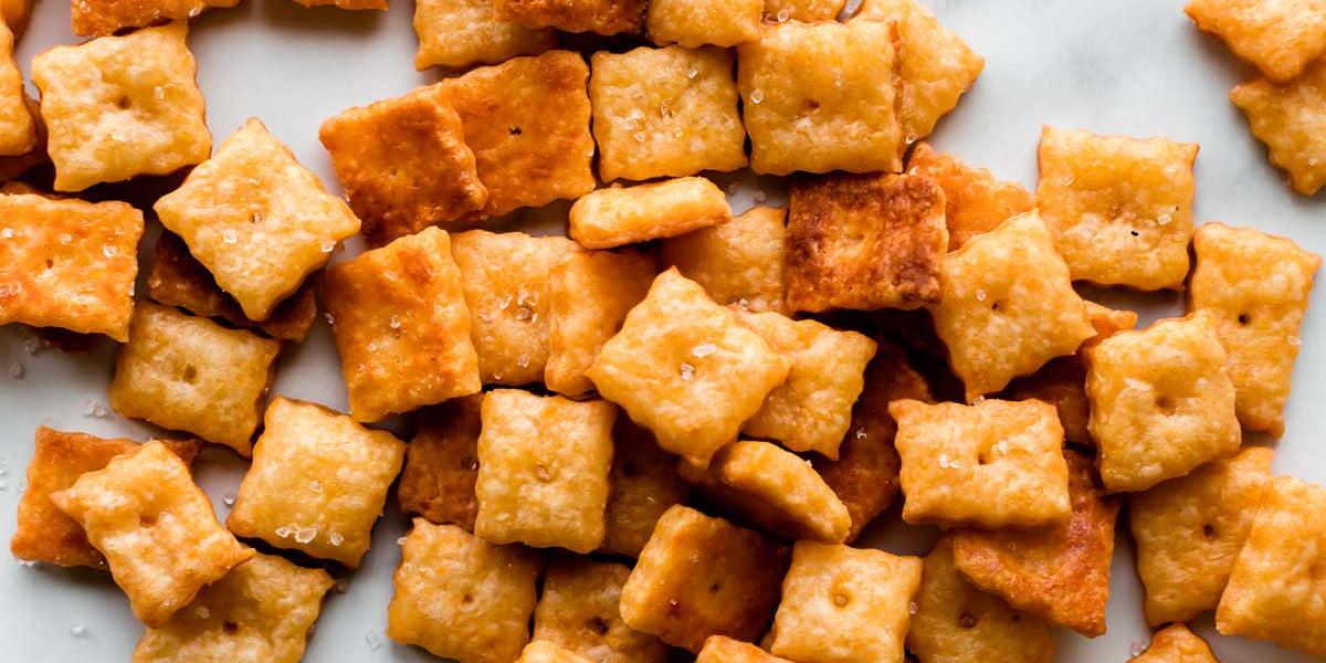 طرز تهیه کراکر پنیری