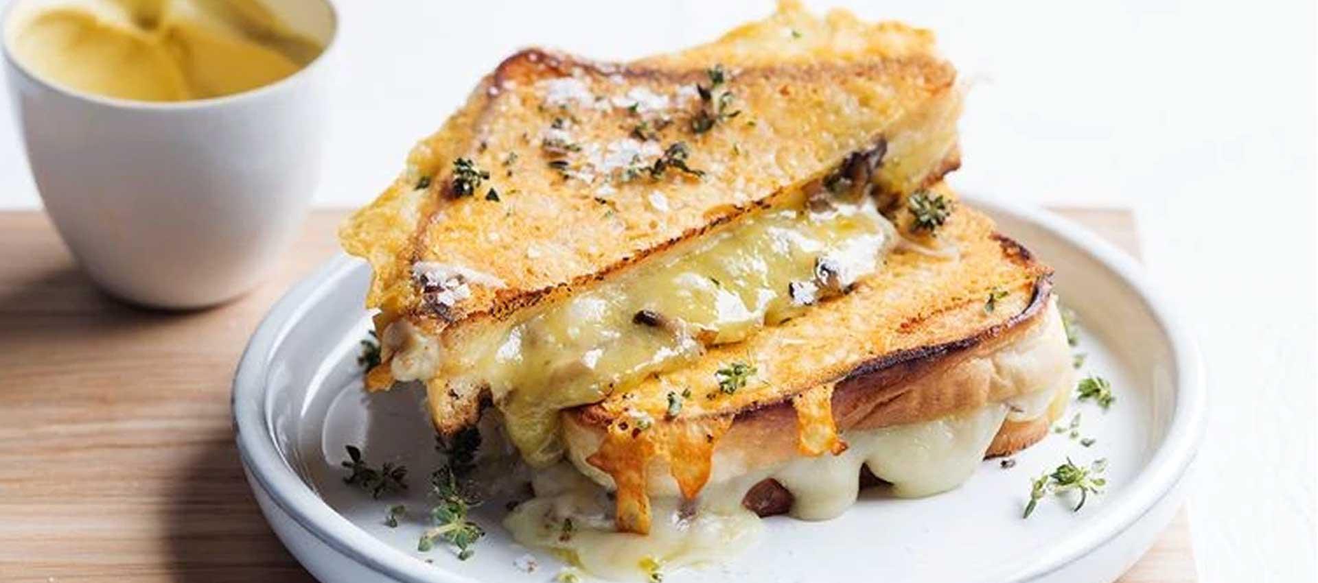 طرز تهیه تست پنیری متفاوت