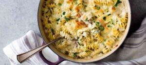 پاستا با مرغ و پنیر شایربلو