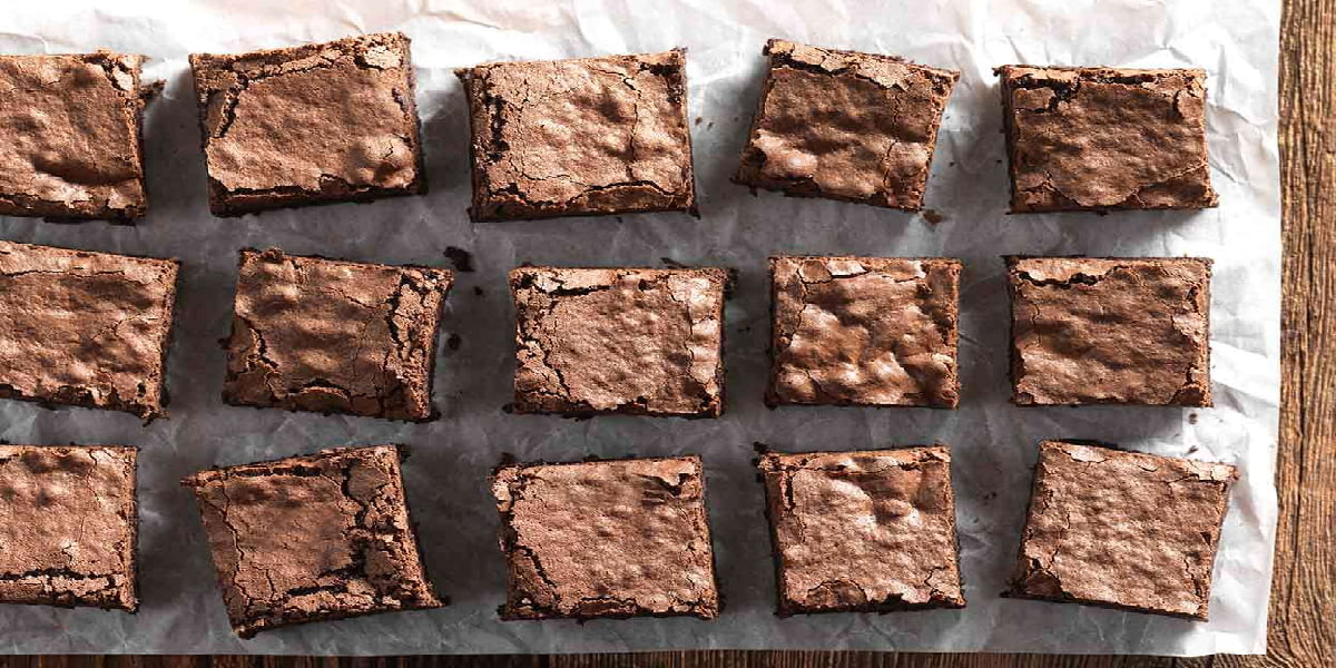 طرز تهیه کیک براونی گردویی