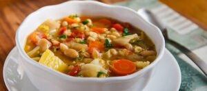 سوپ کلم و لوبیا