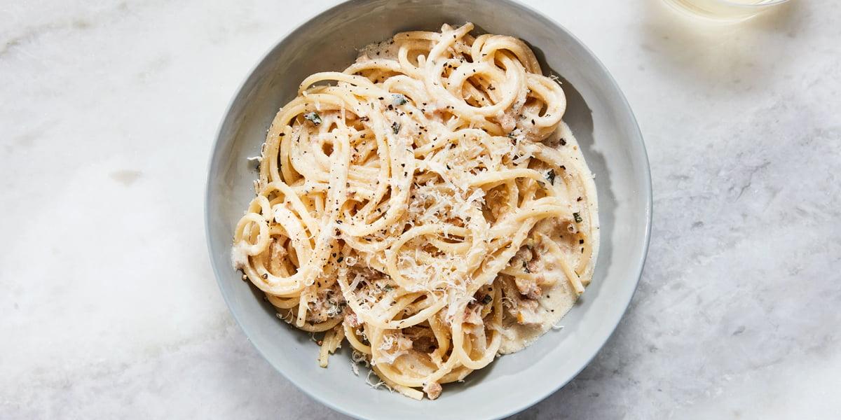 طرز تهیه اسپاگتی مرغ