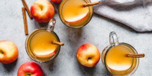 آب سیب داغ