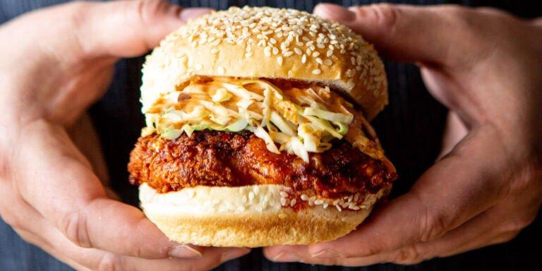 طرز تهیه ساندویچ مرغ سوخاری