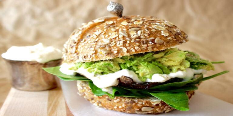 طرز تهیه قارچ برگر گیاهی
